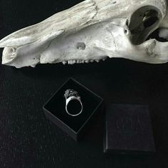Big quarry in light silver. More is more  #jewellery #jewelry #silver #grunge #boho #scull #statementring #massive #stone