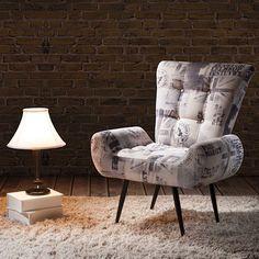 As poltronas fazem toda a diferença na decoração contrastando ou completando os móveis básicos da sala.