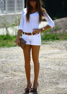 Love her style Style Work, Mode Style, Her Style, Short Outfits, Casual Outfits, Cute Outfits, Fashion Outfits, Womens Fashion, Style Fashion