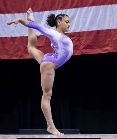 Laurie Hernandez (United States of America/USA 🇺🇸) 01 Olympic Gold Medal (Team), 01 Olympic Silver Medal (Balance Beam)