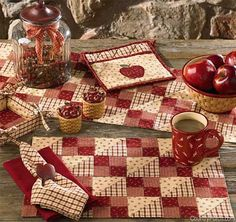 Apple Jack Country Kitchen table runners by Park Designs. Apple Jack is a beautiful block patchwork pattern in deep red and cream mini prints. Kitchen Placemats, Table Runner And Placemats, Quilted Table Runners, Kitchen Linens, Placemat Sets, Apple Kitchen Decor, Kitchen Decor Themes, Country Kitchen, Country Decor