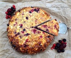 Túrós süti zabpehellyel és chia maggal Healthy Cake, Healthy Desserts, Healthy Recipes, Fast Food Logos, Logo Food, Diet Cake, Diet Recipes, Cooking Recipes, Sugar Free Diet