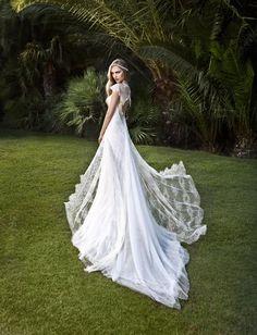 The Westchester Wedding Wedding Dress Suit, Perfect Wedding Dress, Wedding Dress Styles, Wedding Gowns, Lovely Dresses, Elegant Dresses, Bride And Breakfast, Greek Fashion, Bridal Boudoir