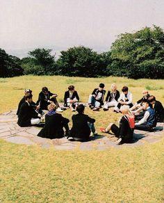 Seventeen(세븐틴) Boys Be Photoshoot Seventeen Album, Carat Seventeen, Seventeen Wonwoo, 17 Kpop, Pre Debut, Seoul Music Awards, Adore U, Hoshi, Pledis Entertainment