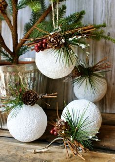 30 DIY Rustic Christmas Ornaments Ideas Christmas is just around the corner so it's time to dress up your tree. If you need some inspiration I have gathered some top easy, creative and rustic DIY Christmas… Rustic Christmas Ornaments, Christmas Picks, Beautiful Christmas Decorations, Christmas Balls, Homemade Christmas, Xmas Decorations, Christmas Fun, Christmas Wreaths, Ornaments Ideas