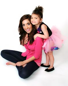 Farrah Abraham and daughter sophia. Parenting tip: A trip to the pharmacy or 50 kids and a petting zoo are all the same for kids under 3! #parenting #famous