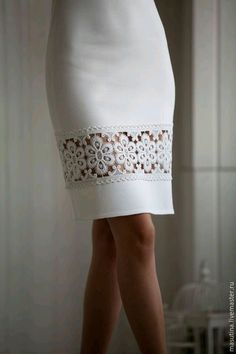 This is a great way to add some extra 'style' to an existing dress or skirt. This would also be a great idea on the sleeves of a jacket! Skirt Outfits, Dress Skirt, Cool Outfits, Sheer Dress, Umgestaltete Shirts, Fashion Details, Fashion Design, Vintage Mode, Mode Inspiration
