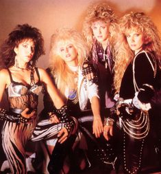 Vixen, one of my favorite glam metal bands! Fille Heavy Metal, Chica Heavy Metal, Heavy Metal Girl, Heavy Rock, Rock Chic, Style Rock, Glam Rock, Glam Metal, Heavy Metal Bands
