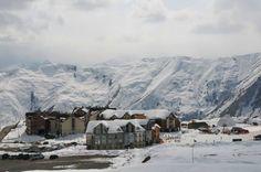 Gudauri, Gruzja/Georgia. source: http://www.ehschool.pl/index.php/wyjazdy/gruzja-gudauri.html