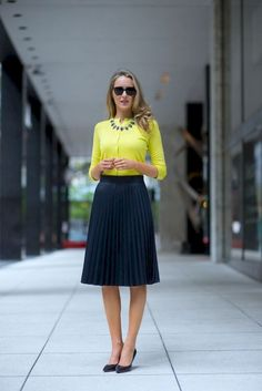 The Classy Cubicle: yellow cardigan, navy knife pleat skirt, navy heels Fashion Mode, Office Fashion, Work Fashion, Modest Fashion, Nyc Fashion, Fashion Clothes, Outfits Damen, Professional Outfits, Professional Women