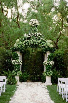 Beverly Hills Wedding, Southern California Wedding, Yvette Roman Photography, Mindy Weiss Wedding Planner, Celebrity Wedding Planner, Classic Wedding Inspiration