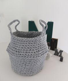 Thai basket - crochet free pattern (fren) #tshirtyarn #trapillo #fettuccia