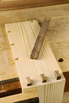 The Butterfly Joint - The Woodworkers Institute