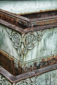 Natural colour combination how nice is the rust and verdigris
