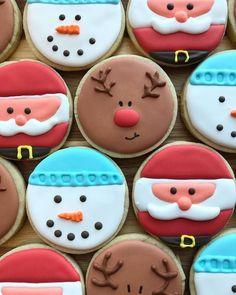 Cute Christmas Cookies, Iced Cookies, Christmas Sweets, Royal Icing Cookies, Holiday Cookies, Christmas Baking, Sugar Cookie Icing, Christmas Cookie Icing, Gourmet Cookies
