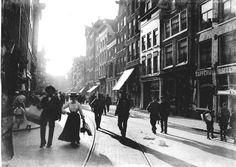 De Haarlemmerstraat ter hoogte van de Binnen Wieringerstraat in 1906