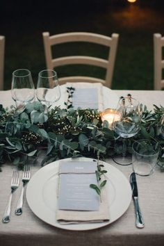 Wedding reception tables - Late Autumn Destination Wedding in Italy – Wedding reception tables Table Decoration Wedding, Wedding Centerpieces, Autumn Wedding Decorations, Centrepieces, Elegant Table Settings, Wedding Table Settings, Simple Table Setting, Wedding Table Runners, Place Settings