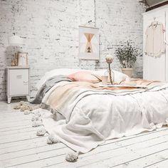 Light, feminine, bed on floor