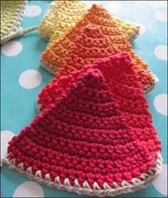 Crochet Pattern for pennants.