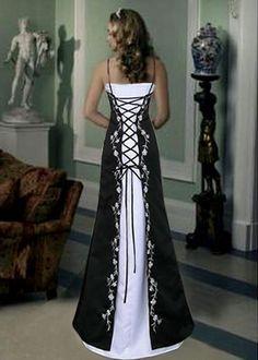 Google Image Result for http://wedimpression.com/wp-content/uploads/2011/07/corset-gothic-wedding-dresses.jpg