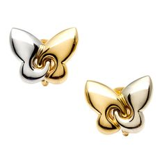This gorgeous pair of stud earrings by Bvlgari feature adorable butterfly designs in a high polish that attach with omega clasps. Luxurious 18-karat two-tone gold construction defines these wonderful estate earrings.