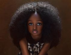 Nigerian girl, five, is dubbed the new 'most beautiful child in the world' and she's already racking up thousands of fans. Last week wedding photographer Mofe B Most Beautiful Child, Beautiful Children, Beautiful Babies, Absolutely Gorgeous, Bruna Marquezine And Neymar, Black Kids, Black Women, Black Child, Young Black