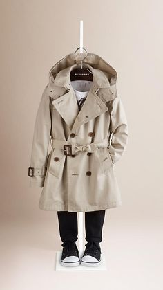 Burberry Trench Hooded Cotton Twill Trench Coat - Cotton twill trench coat with set-in sleeves and protective detachable hood. Heritage features reference the original Burberry trench coat. Discover the childrenswear collection at Burberry.com