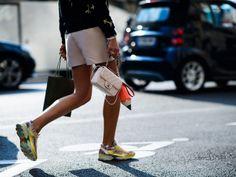 Chanel совместно с Adidas выпустила модные кроссовки. В их создании участвовал сам Фаррелл Уильямс.