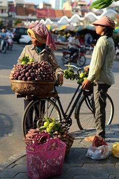 Central Market - Early morning in Phnom Penh, Cambodia. https://ExploreTraveler.com