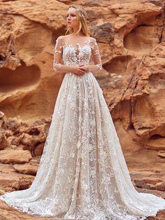 Oksana Mukha Wedding Dresses 2018 Liliana-1 / http://www.deerpearlflowers.com/oksana-mukha-wedding-dresses-2018/4/