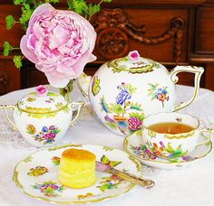 * ~ Along with the Tea Life of an English-style tea and manners Sweet English Afternoon Tea * ~ original London resident Mrs. Britain real life
