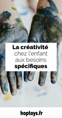 Chacun porte en lui un potentiel  de créativité. D'autant que la créativité n'est pas limitée au domaine artistique ; la créativité, c'est aussi trouver des solutions innovantes ! Le point commun entre ces deux aspects ? Une capacité à percevoir le monde sous un nouvel angle, à expérimenter de nouvelles choses, à sortir de sa zone de confort. La créativité ouvre le monde des possibles et apporte de nombreux bienfaits, à tous. Quels sont ces bénéfices ? Fingerless Gloves, Arm Warmers, Ted, Activities, Down Syndrome, Arts Plastiques, Going Out, Fingerless Mitts, Fingerless Mittens