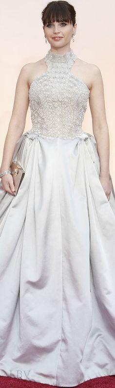 Felicity Jones in Alexander McQueen at the 2015 Oscars.