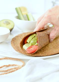 Flaxseed Wraps are NO carbs easy keto wraps recipe made with 4 ingredients. An easy protein wrap recipe to enjoy finger food while boosting your body with wholefoods. Vegan Keto, Vegan Gluten Free, Gluten Free Recipes, Low Carb Recipes, Vegan Recipes, Cooking Recipes, Keto Foods, Ketogenic Recipes, Flax Seed Recipes