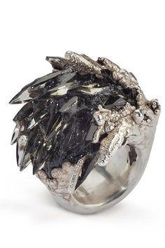 Large Spiky Black Ring