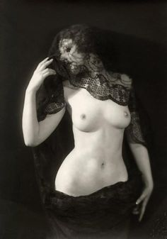Alfred Cheney Johnston -Unknown model, Nude with a Veil, 1925′s