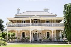 australian colonial houses - Yahoo Search Results Image Search Results- JoBeth Hooter Australian Architecture, Australian Homes, Colonial House Exteriors, Queenslander, Country Estate, Stone Houses, South Australia, House Goals, Victorian Homes