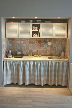 Barn Kitchen, Home Decor Kitchen, Kitchen Interior, Home Kitchens, Küchen Design, House Design, Small House Decorating, Kitchen Remodel, Sweet Home