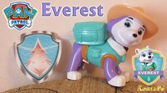 Paw Patrol Action Pack Pup & Badge Everest Toy PAW Patrol figure from Ch...