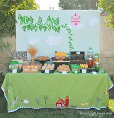 Enchanted Events & Design: {Event Recap} Lila & the Beanstalk 1st Birthday- Check out the close-ups!