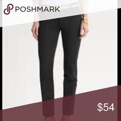 STILL IN STORES❗️BR Sloan Fit Ankle Pant in Black Like new, only worn twice and freshly dry cleaned! I will miss these so much but they are no longer my size. This is a STEAL on a staple item that you will get so much use out of! Questions and offers are more than welcome. Bundle to save even more! ✨✨👏🏻 Banana Republic Pants Ankle & Cropped