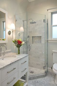 Adorable Master Bathroom Shower Remodel Ideas 77