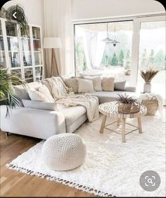 Boho Living Room, Home And Living, Living Room Decor, How To Furnish Living Room, Natural Living Rooms, Rugs For Living Room, Living Room Wooden Floor, Ideas For Living Room, Living Room Goals