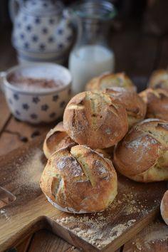 Kartoffel-Dinkel-Brötchen: Frühstück? ⋆ Knusperstübchen Food Photo, Bakery, Muffin, Brunch, Tasty, Cooking, Breakfast, Recipes, Savoury Finger Food