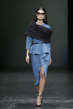 Nuno Baltazar na ModaLisboa Nuno, Business Suits, Suits You, Portuguese, Fashion Designers, Peplum Dress, Ideias Fashion, Portugal, My Style