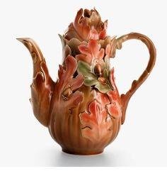 Autumn leaves teapot