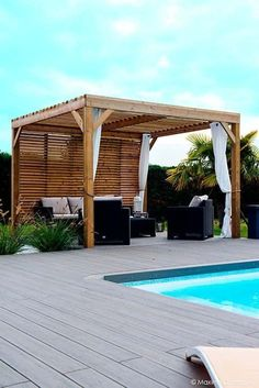 double-sided wood covers for pergola Pergola With Roof, Covered Pergola, Gazebo, Garden Structures, Outdoor Structures, Moderne Pools, Espace Design, Twig Furniture, Pergola Designs