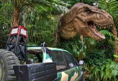 Jurassic Park, Universal Studios orlando Island of Adventures Orlando Florida, Orlando Theme Parks, Orlando Vacation, Florida Vacation, Florida Travel, Vacation Places, Family Vacations, Universal Studios Florida, Universal Orlando