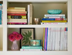 Projects | Suzanne McGrath Design - bookshelf styling