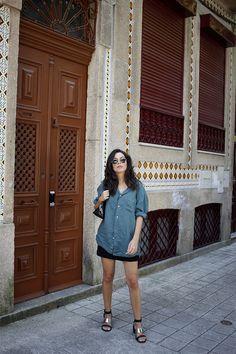 The Perfect Linen Shirt | Fashion Mask. Zara Bags, Fashion Mask, Denim Skirt, Shirt Style, Ideias Fashion, Shirt Dress, Skirts, Vintage, Outfits